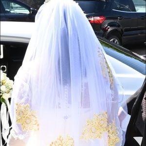 Wedding dress,Tiara and veil!